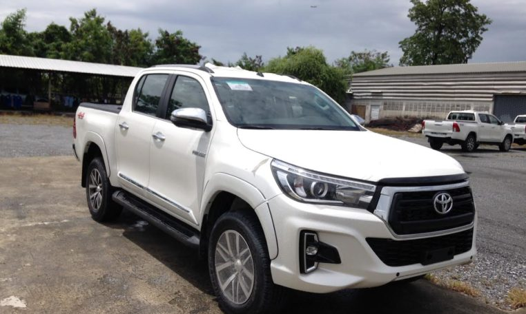 Toyota Hilux Revo 2 8l Td At New Facelift Extras
